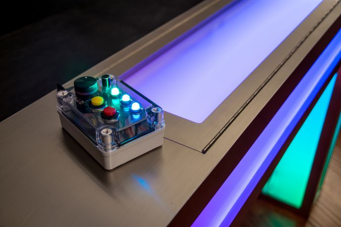 Illuminated DJ Table #196<br>6,000 x 4,000<br>Published 12 months ago