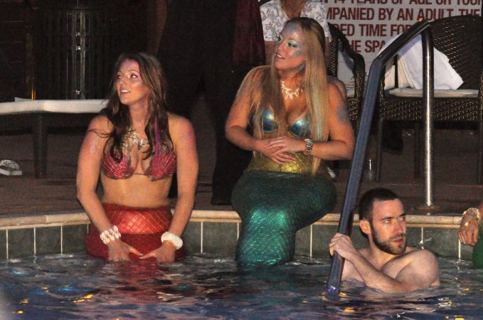 Mermaid Convention Photography #289<br>3,218 x 2,134<br>Published 6 months ago